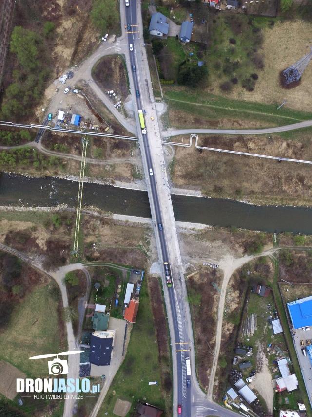 Remont mostu nad Wisłoką w Jaśle (fot. dronjaslo.pl)