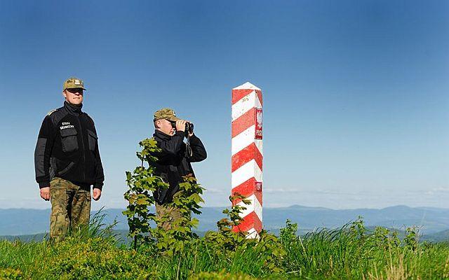 Kolejni miłośnicy selfie na zielonej granicy
