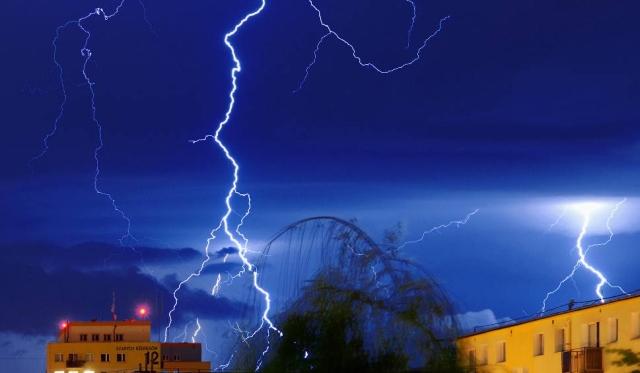 Ostrzeżenie o burzach z gradem w powiecie jasielskim