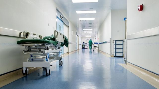 Koniec ze spaniem w szpitalu na krześle